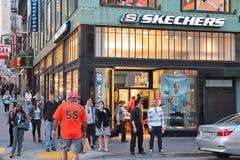 Skechers-Schuhgeschäft Lizenzfreie Stockfotografie