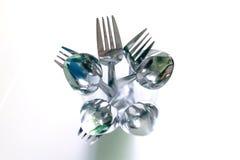 Sked- och gaffeluppsättning i exponeringsglas Royaltyfria Bilder