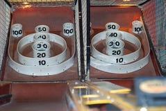 Skee-Ball an einem Unterhaltungsteil stockfotografie