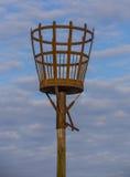 SKEGNESS,英国- 2016年7月30日 火烽火台位于在Skegness海滩 免版税库存图片