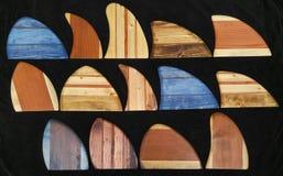 Skegs surfando havaianos das aletas da prancha de madeira do vintage Fotos de Stock Royalty Free