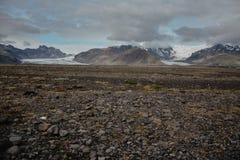 Skeidararsandur с взглядом к леднику и горам Vatnajokull Стоковая Фотография RF