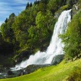 Skeie-Wasserfall Lizenzfreie Stockfotos