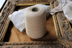Skein  wool and frame Royalty Free Stock Photo