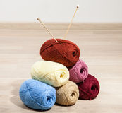 Skeins of yarn with knitting needle Royalty Free Stock Photography