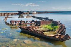 Skelet van schip in hydroharbour Noytif Stock Foto