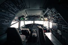Skelett av en Boeing 727 flygplancockpit arkivfoto