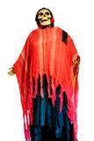 Skelett eines Mannes in einem roten Kleid für Halloween Stockfotografie