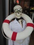 Skelett mit Gläsern Lizenzfreie Stockfotografie