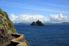 Skellig Майкл и меньшее Skellig, Ирландия, Европа Стоковые Изображения