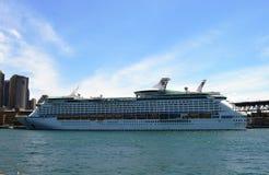 Skepp av kunglig karibisk kryssning royaltyfria bilder