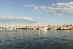 Skepp i havsporten i en solig dag Gandia valencia spain Royaltyfri Foto