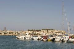 Skepp i porten av Rethymnon.Krete Arkivfoto