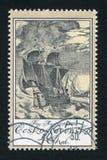 Skepp i storm royaltyfri fotografi