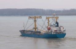 Skepp på Danube River, Rumänien Royaltyfri Fotografi
