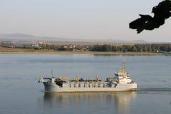Skepp på Danubet River, Galati Royaltyfria Foton