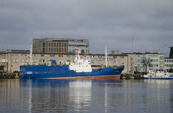 Skepp på porten av Gdynia Arkivbild