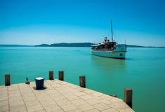Skepp på sjön Balaton Royaltyfria Foton