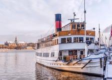 Skepp på stranden i Stockholm Fotografering för Bildbyråer