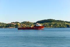 Skepp på Tejo River Arkivbilder