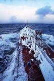 Skeppet som täckas med is Fotografering för Bildbyråer