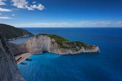 Skepphaveristrand och Navagio fjärd Den mest berömda naturliga gränsmärket av Zakynthos, grekisk ö i det Ionian havet royaltyfri foto