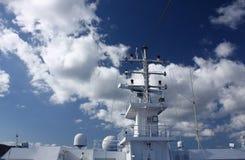 Skeppradar och gps-utrustning Arkivbild
