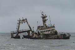Skeppsbrott på den Skelleton kusten (Namibia) Royaltyfria Bilder