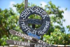 SkeppsbrottstrandSt karibiska Kitts Arkivbilder