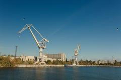 skeppsbyggeriväxt i staden av Nikolaev, Ukraina, det störst Arkivbilder