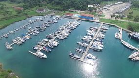 Skeppsdocka för fartyg i Panama i havsskottet nummer 2 lager videofilmer