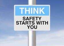 Säkerhetsstarter med dig Fotografering för Bildbyråer