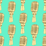 Sketch old microphone in vintage style. Vector seamless pattern Royalty Free Stock Images