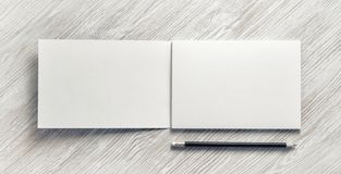 Sketchbook und Bleistift stockfoto