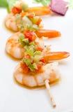 Skewer do camarão com pimentas Fotografia de Stock