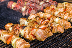 Skewers on the grill 1 Royalty Free Stock Photos