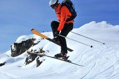 Skiüberbrücker stockfotografie