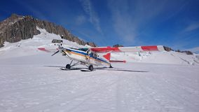 Ski Airplane sobre a neve Imagens de Stock