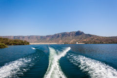 Ski-Boat Wake Dam Valley Stock Photo