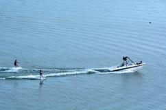 Ski d'eau de deux personnes Image libre de droits