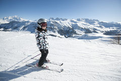Ski d'enfant, Alpes français Image stock