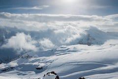 Ski dans la région d'Elbrus Photographie stock libre de droits