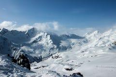 Ski dans la région d'Elbrus Image stock