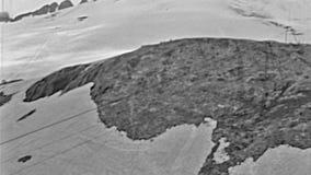 Ski de montagnes de dolomites banque de vidéos