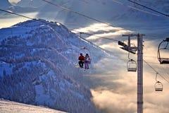 Ski fahren in den Alpen Stockbild