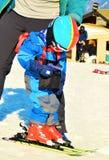 Ski fahren in den Schweizer Alpen lizenzfreies stockbild