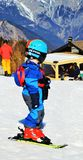 Ski fahren in den Schweizer Alpen lizenzfreie stockfotos