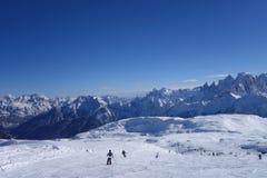 Ski fahren in Dolomti-Alpen-Italien-Skigebiet Stockbild