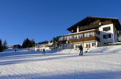Ski fahren in Österreich Stockfotos
