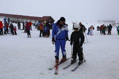 Ski Lesson lizenzfreie stockbilder